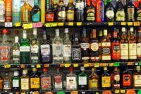 Shelves-of-alcohol